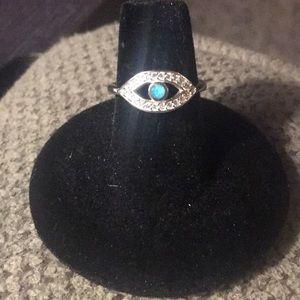 Jewelry - Women's evil eye ring
